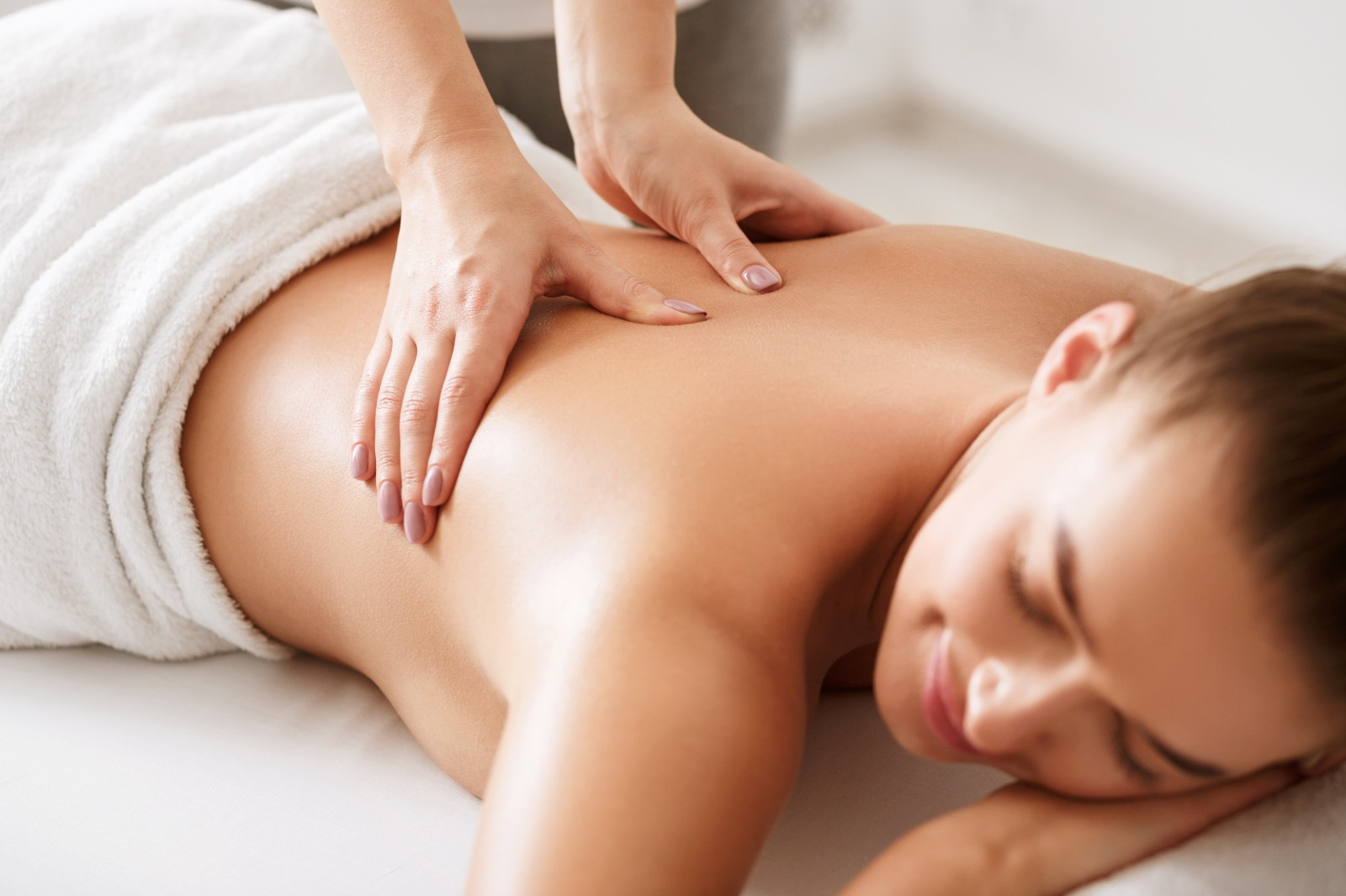 find a female massage therapist near me